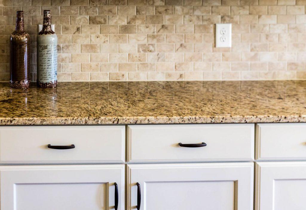Cabinets And Backsplash ATL Granite Installers - Backsplash installation contractors